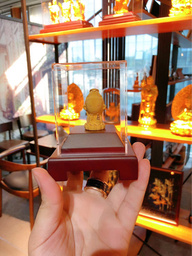 18k gold Buddha statue display art