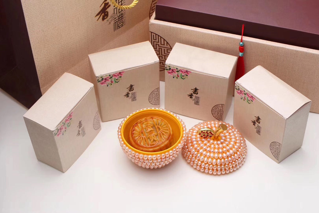 Fresh water pearl apple jewelry box