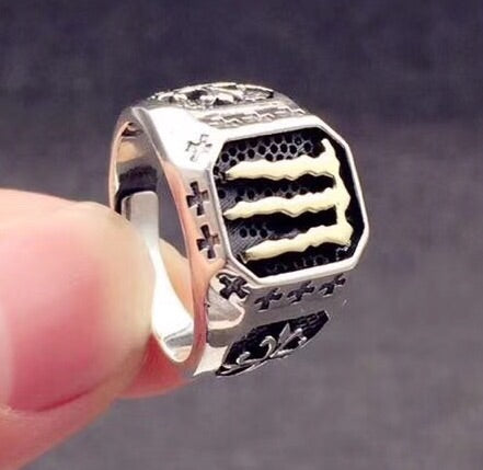 SILVER UFC CHAMPION OPEN RING