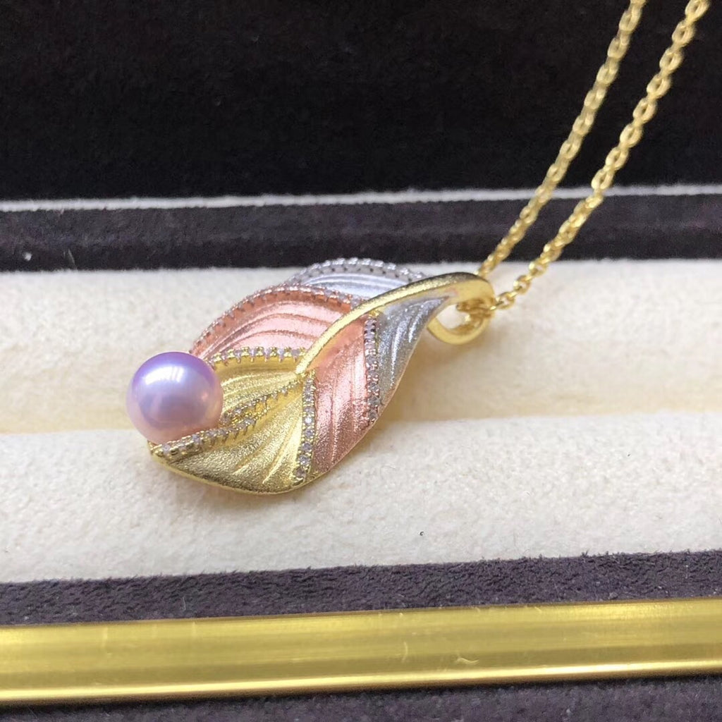 18k golden leaf pearl pendant necklace