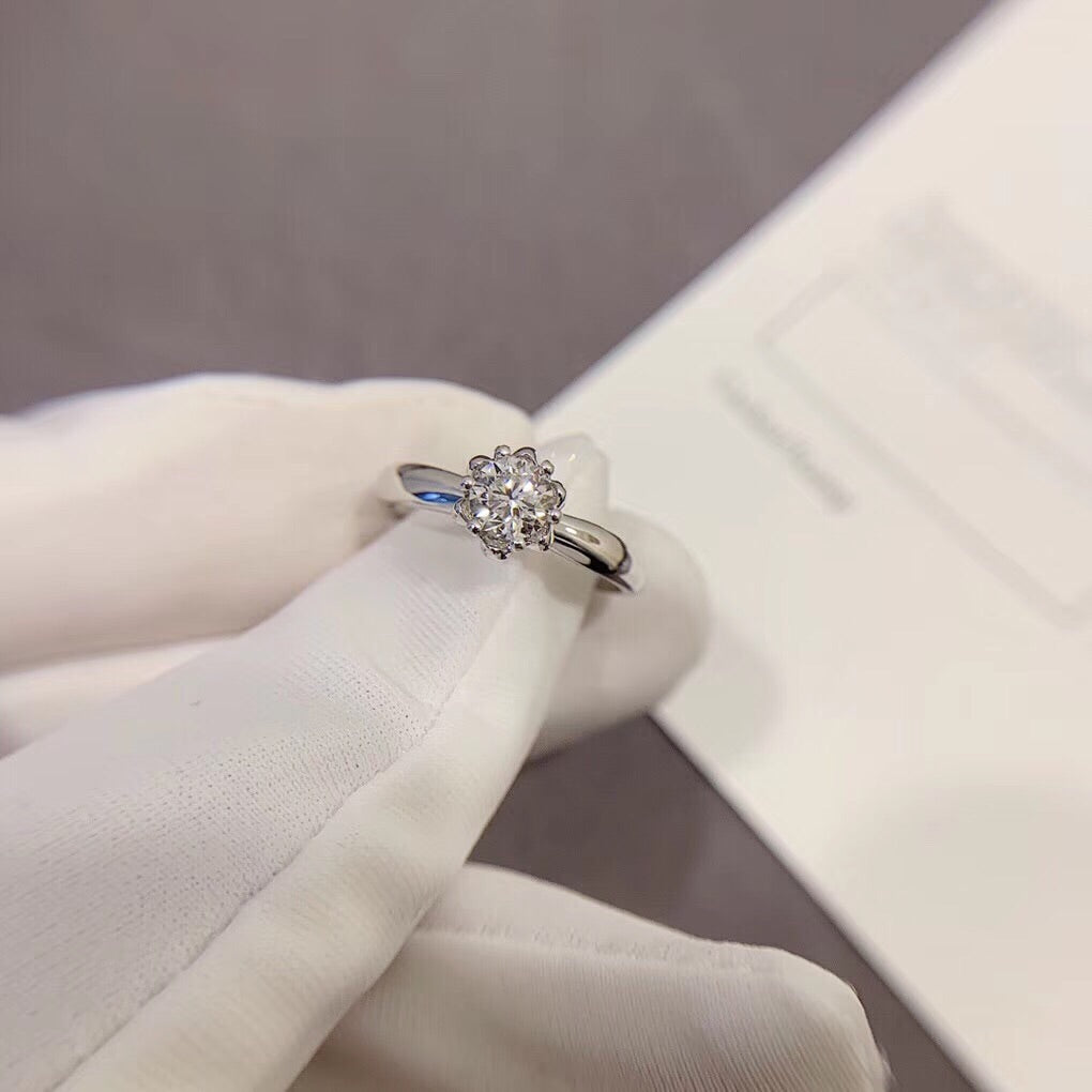 18k White Gold Ring with Flower Design Ring - Xingjewelry