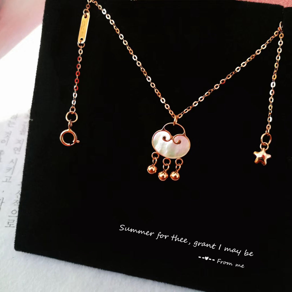 18k gold lock pendant necklace