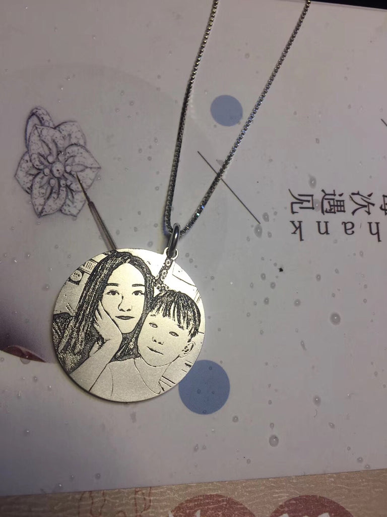 Personalized family photo charm
