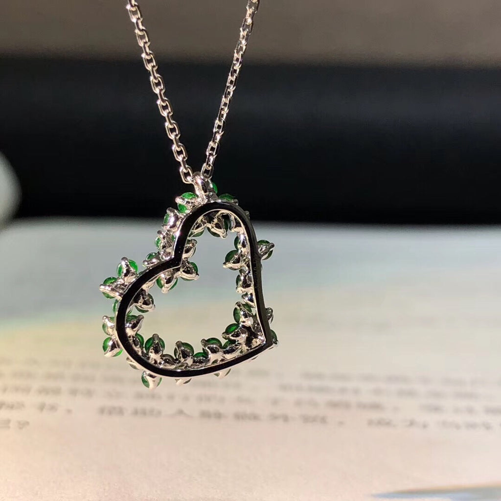 18k gold green emerald love heart pendant necklace - Xingjewelry