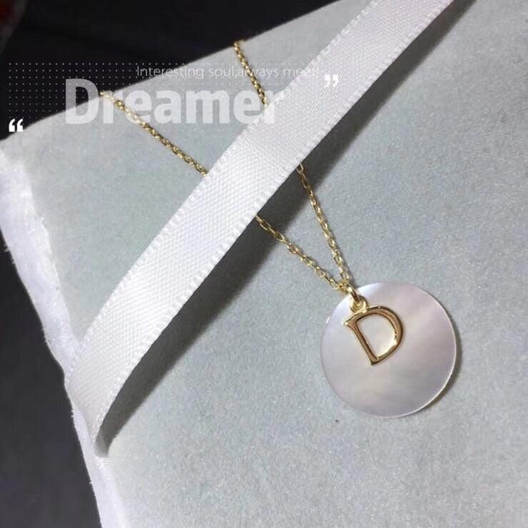 18k gold fritillaria D letter pendant necklace - Xingjewelry