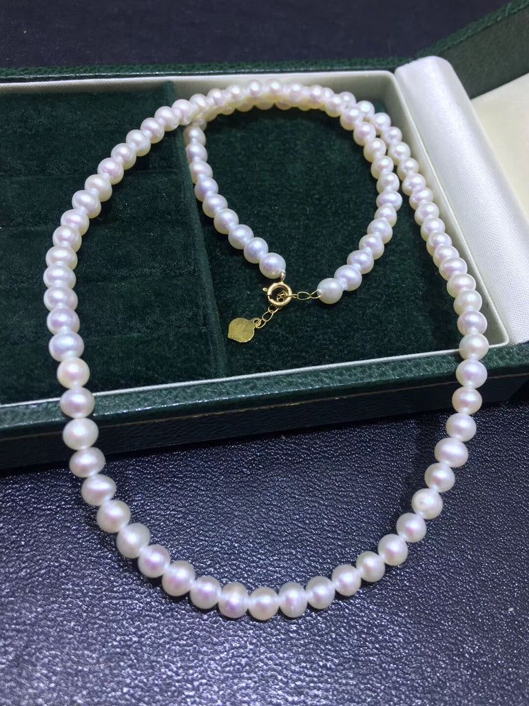 18k gold white pearl necklace
