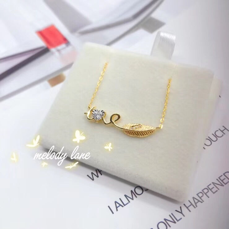 18k gold love leaf pendant necklace - Xingjewelry