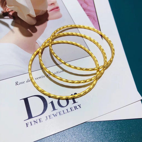 Solid gold bangle bracelet 56/58 mm
