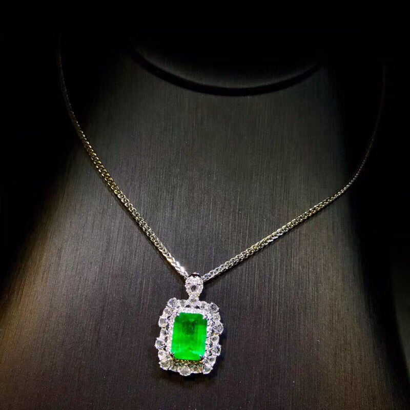 18k white gold vivid green emerald diamond pendant necklace - Xingjewelry