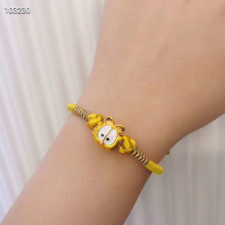 Solid gold Garfield cat charm bracelet