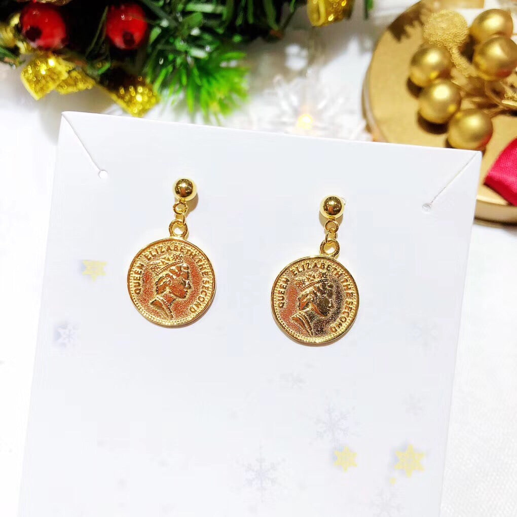 Elizabeth queen coin earring