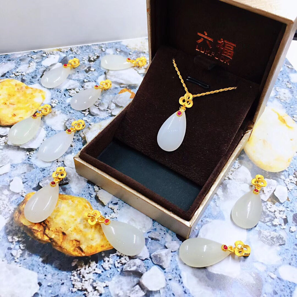 18k gold jade pendant necklace - Xingjewelry