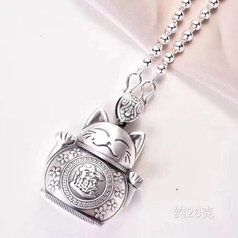 silver fortune cat sweat necklace