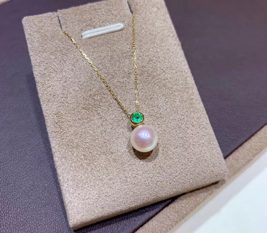 18k gold white pearl emerald pendant necklace - Xingjewelry