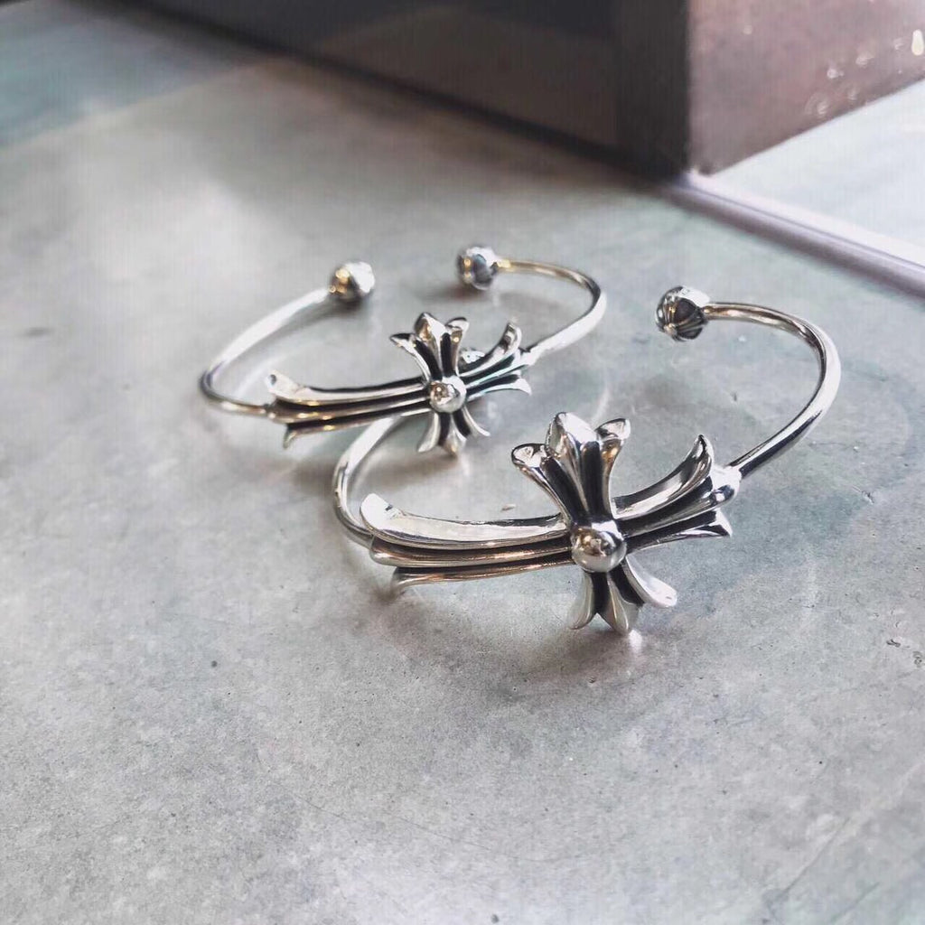 925 silver chrome heart bangle - Xingjewelry