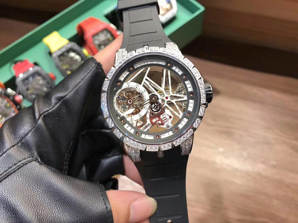 Roger Dubuis automatic watch rubber belt
