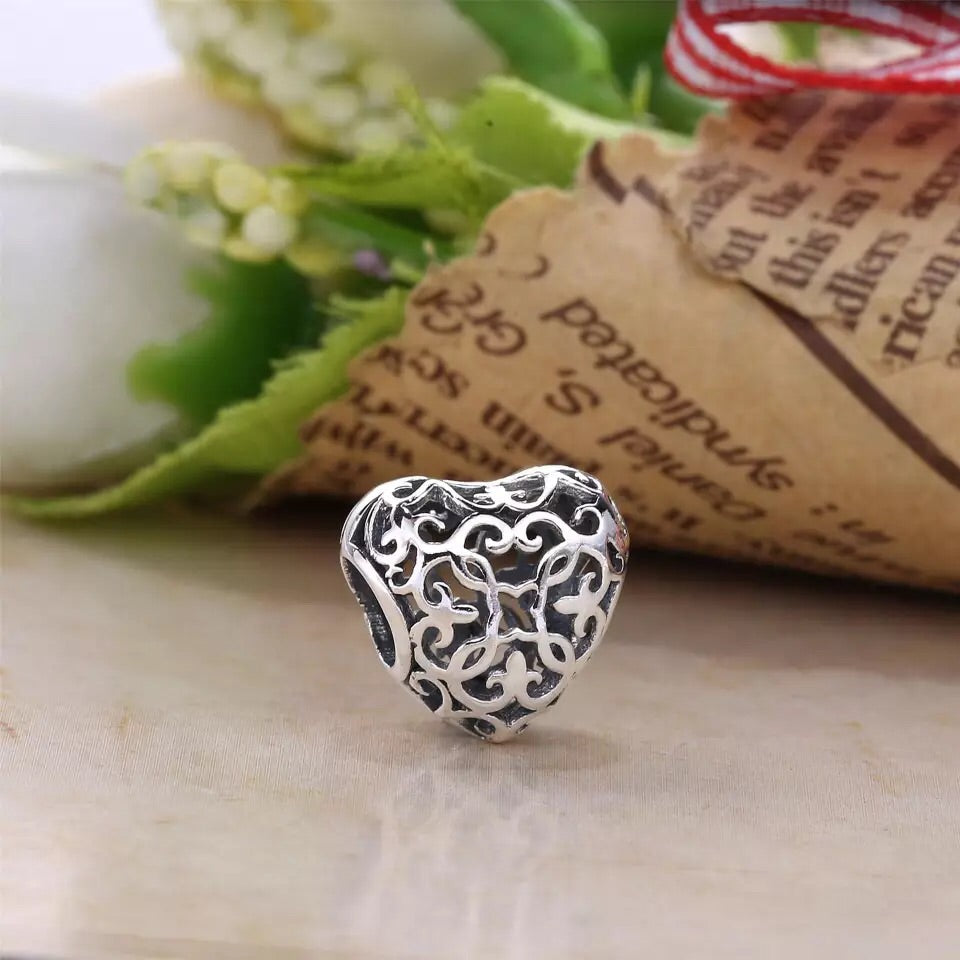 Pandora flower locket charm