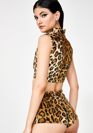 Plush Velvet Sleeveless Crop Mock Turtleneck in Leopard