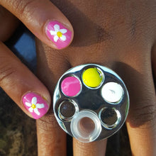 Mini Manicure Palette Nail Art Finger Ring Palette