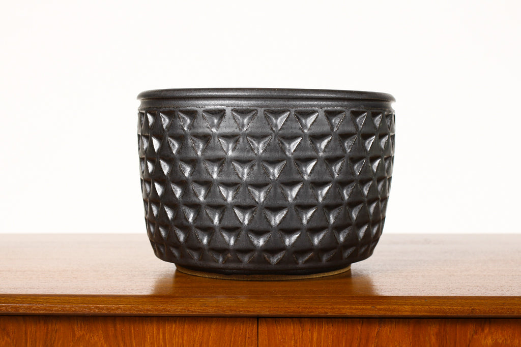 #1342 - Ceramic Stoneware Planter — Large Delta pattern —Black Glaze — P47