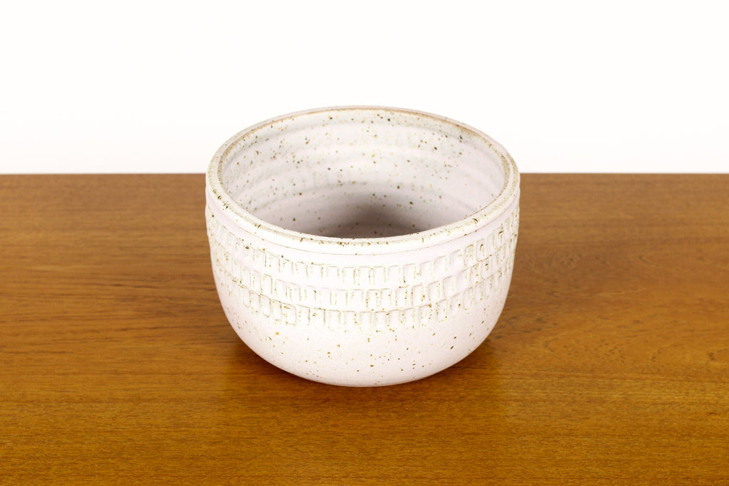 #1500 —Ceramic Stoneware Planter —Large Facet pattern —White Glaze — P68