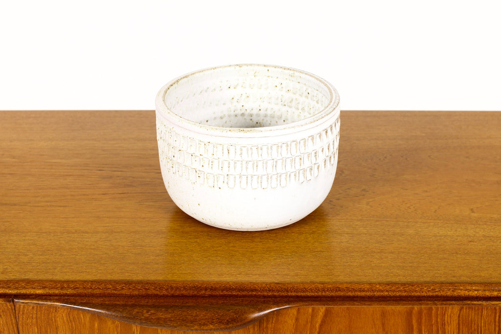 #1504 —Ceramic Stoneware Planter —Large Facet pattern —White Glaze — P72