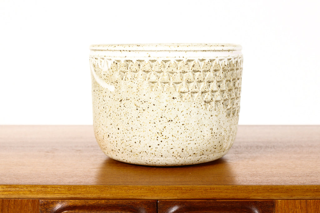 #1575 —Ceramic Stoneware Modernist Planter — Small Delta pattern — White Glaze — P92