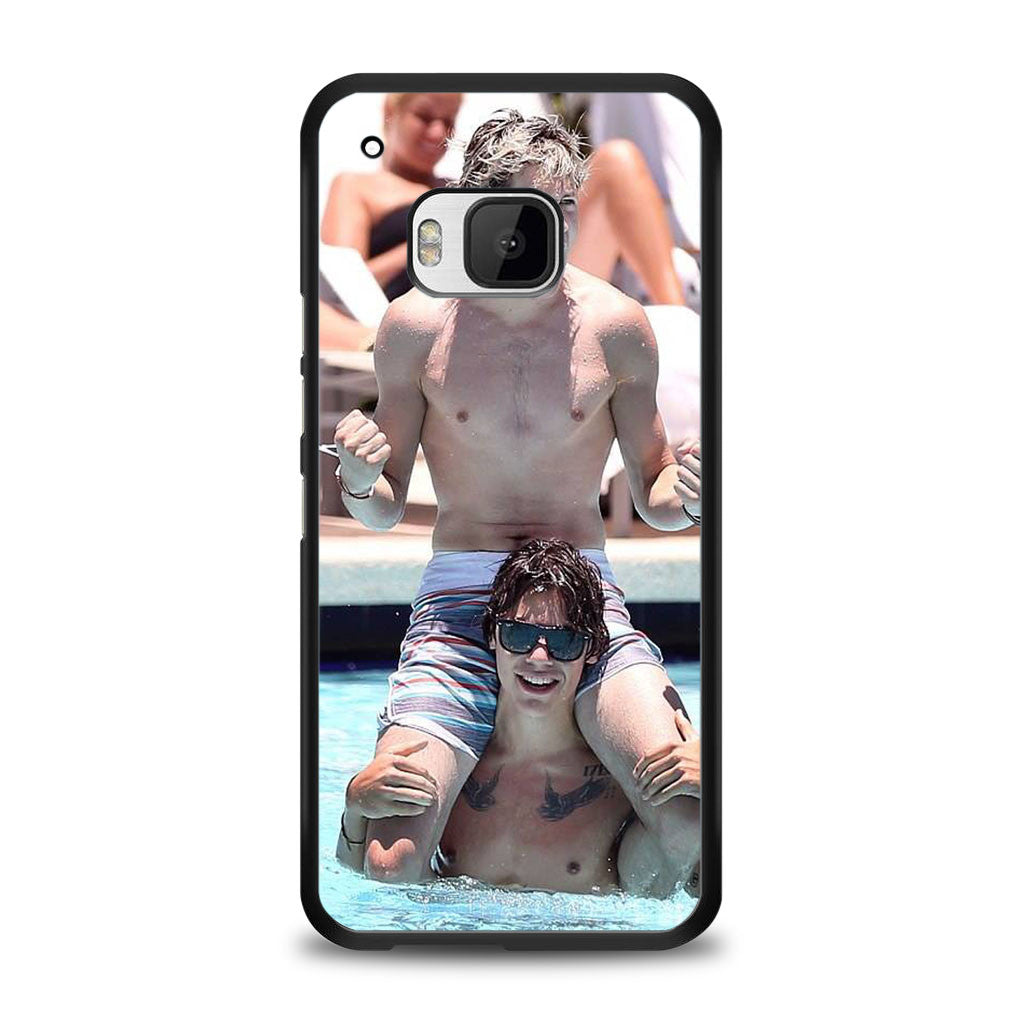 Narry swimming (Niall Horan + Harry Styles) Samsung Galaxy S7 Edge Case | yukitacase.com