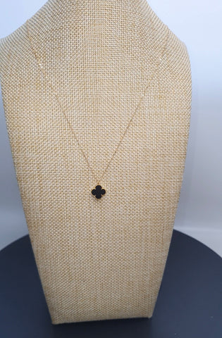 VCA 18k Four Leaf Clover Black Necklace