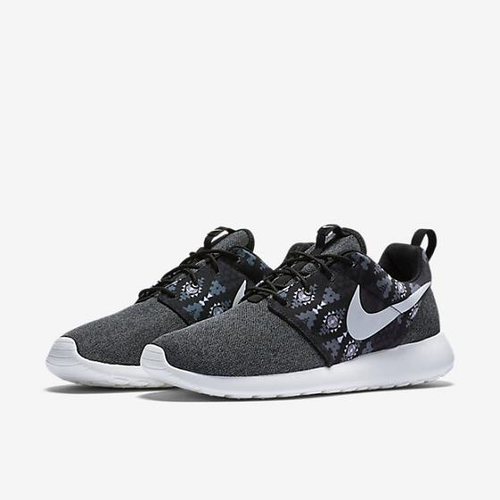 Nike Roshe One Print Runner's Past Men's - Pimp Kicks