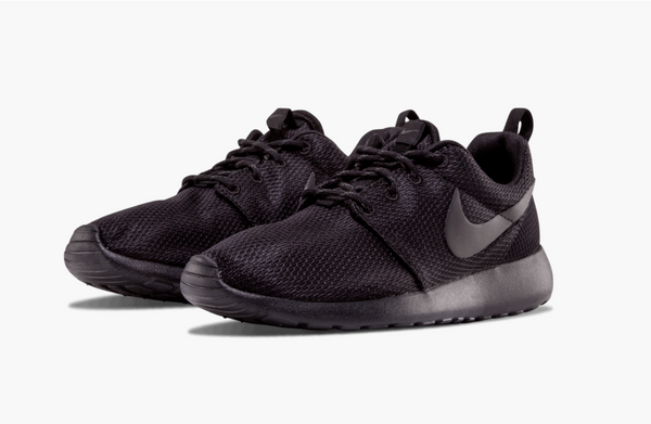 Nike Roshe One Triple Black Women's - Pimp Kicks