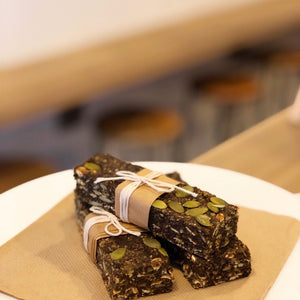 Vegan Superfood Protein Slice - The Beehive Well-Beeing Bar
