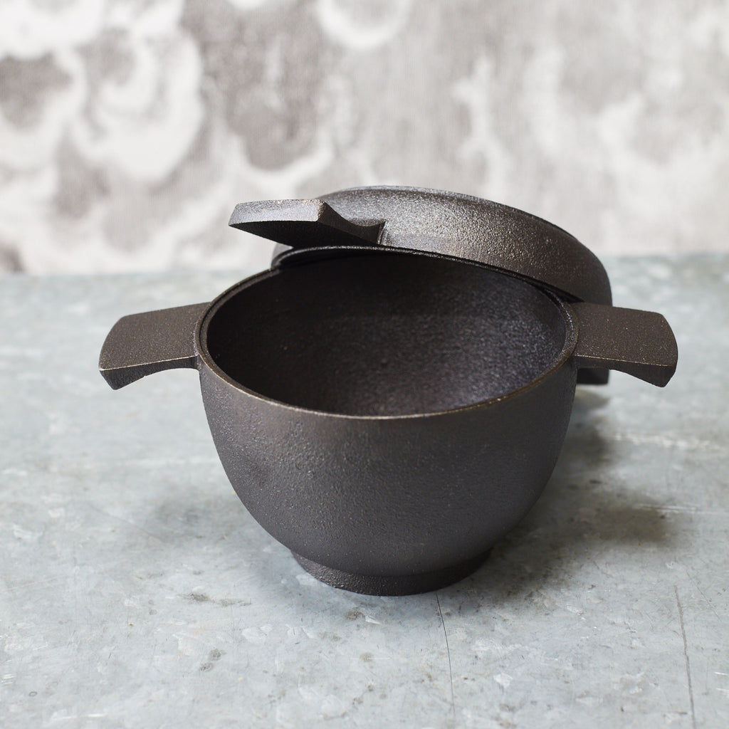 Skeppshult Cast-Iron Mini Casserole Pot and Pan Set - Vinegar Shed