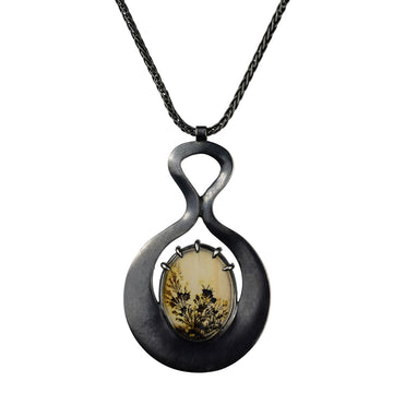 Dendritic Agate Venus Necklace