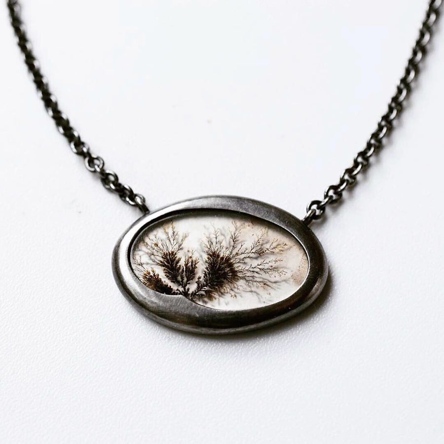 Afterimage Dendritic Agate Necklace