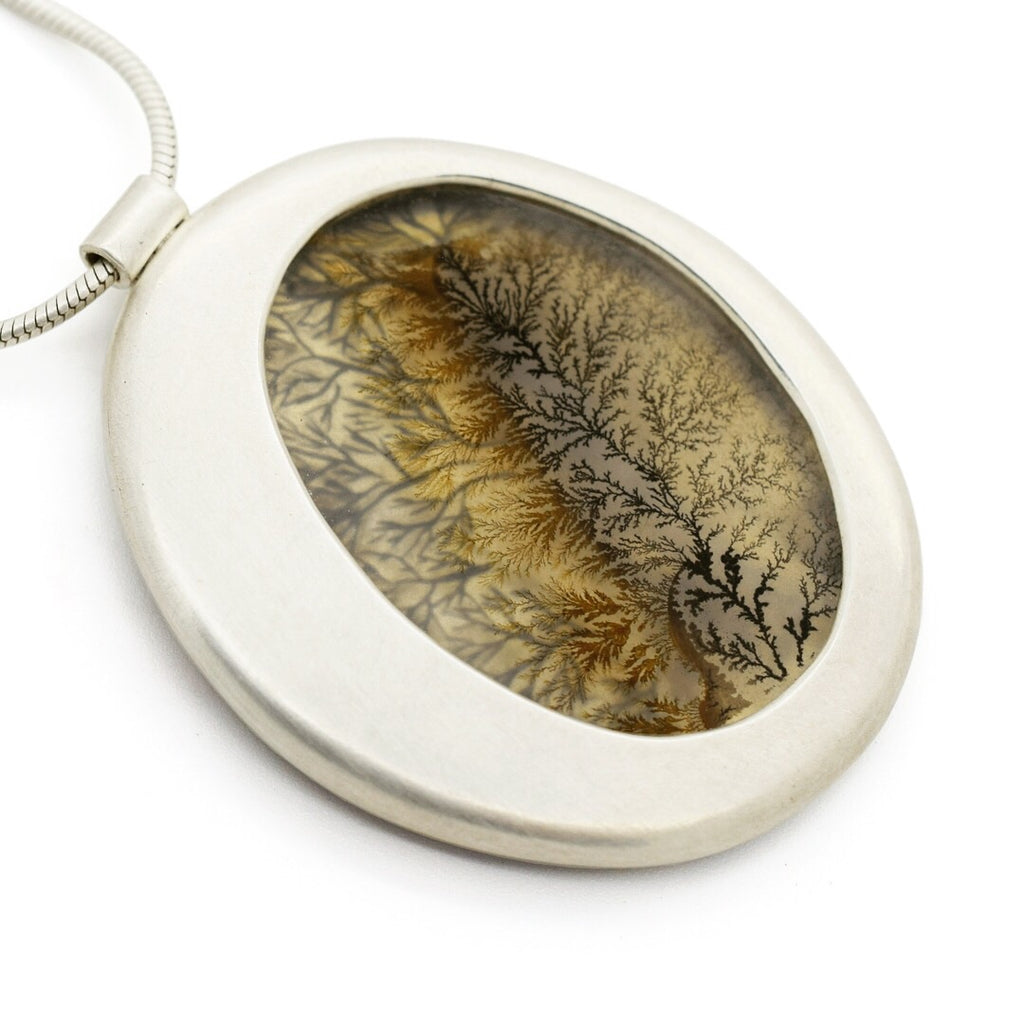 Skipping Stone Dendritic Agate Necklace