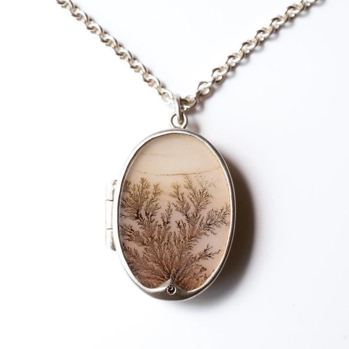 Diamond and dendritic agate locket