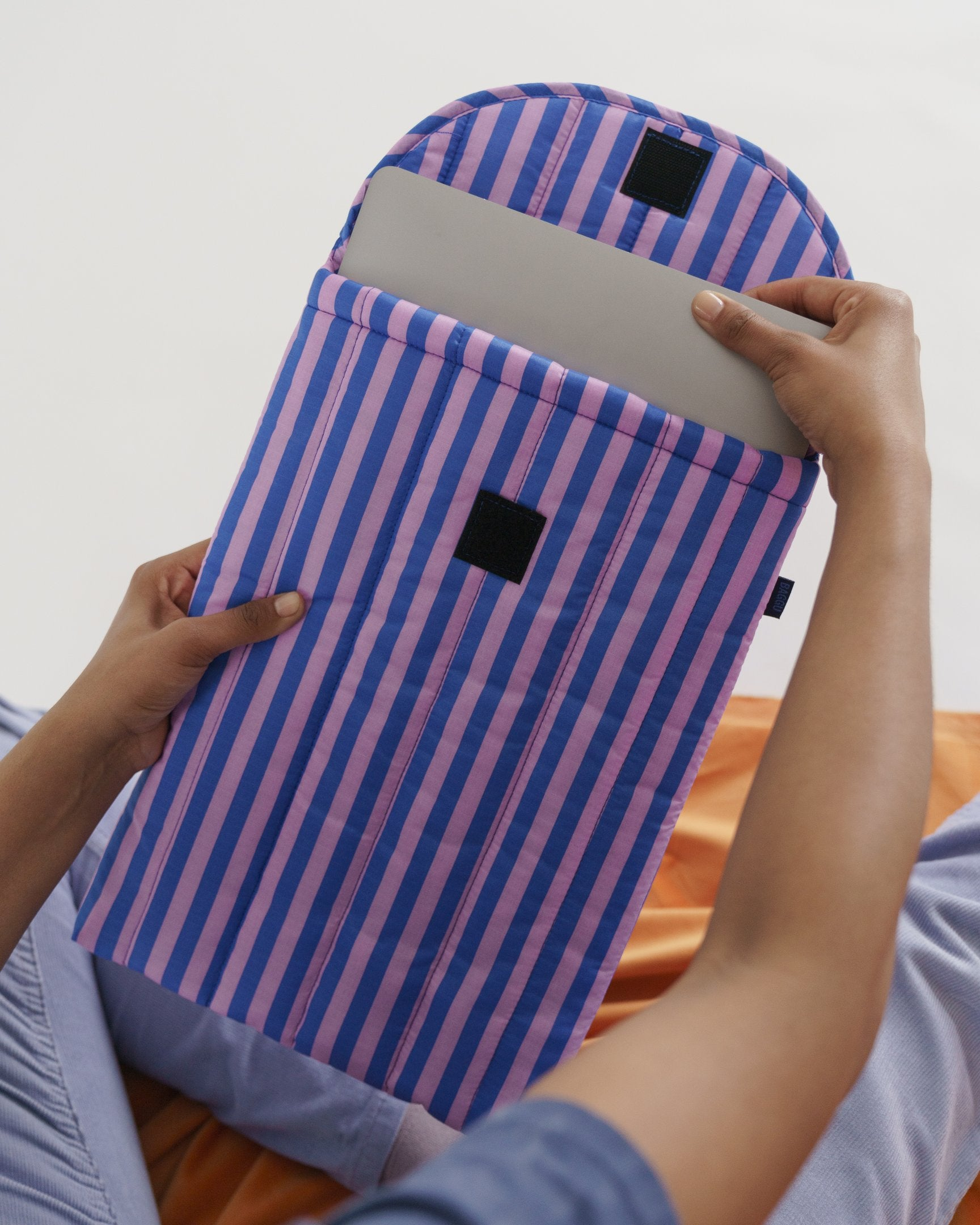 "Puffy Laptop Sleeve 13""/16"" (Pink and Blue Stripe)"
