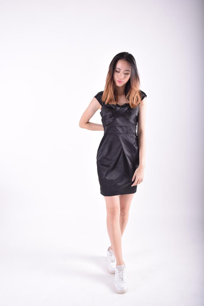 Lirian Cross And Pleat Detail Dress