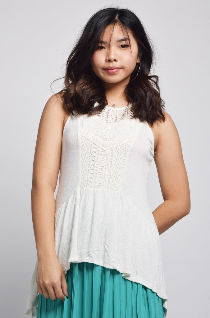 Zelvan Eyelet Lace Panel Top