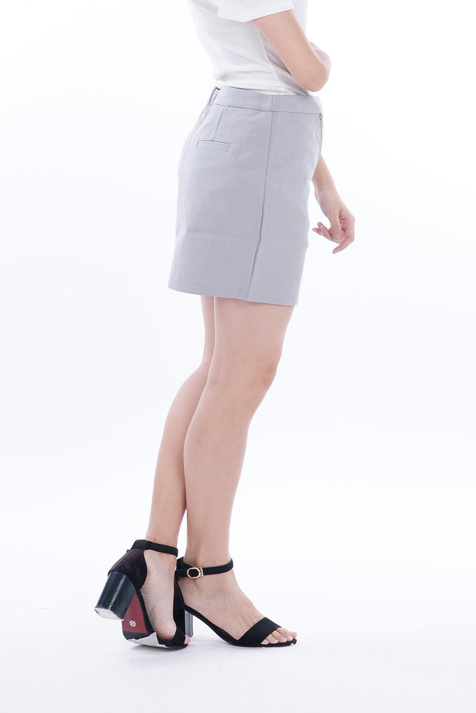 Delaine Zipper V Skirt