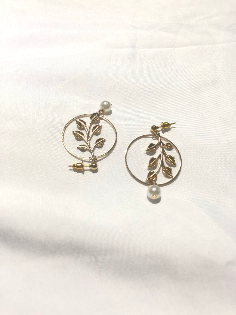 Dennie Leaf Vines Hoop Earings