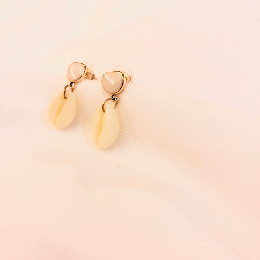 Tyntha Cowrie Shell Earrings
