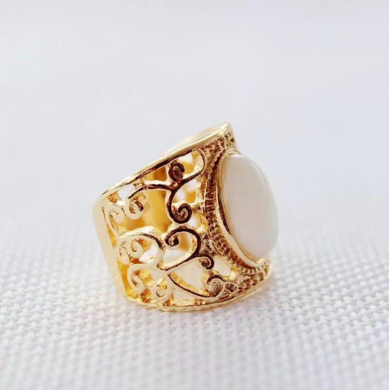 Zionne Carved Vines Ring