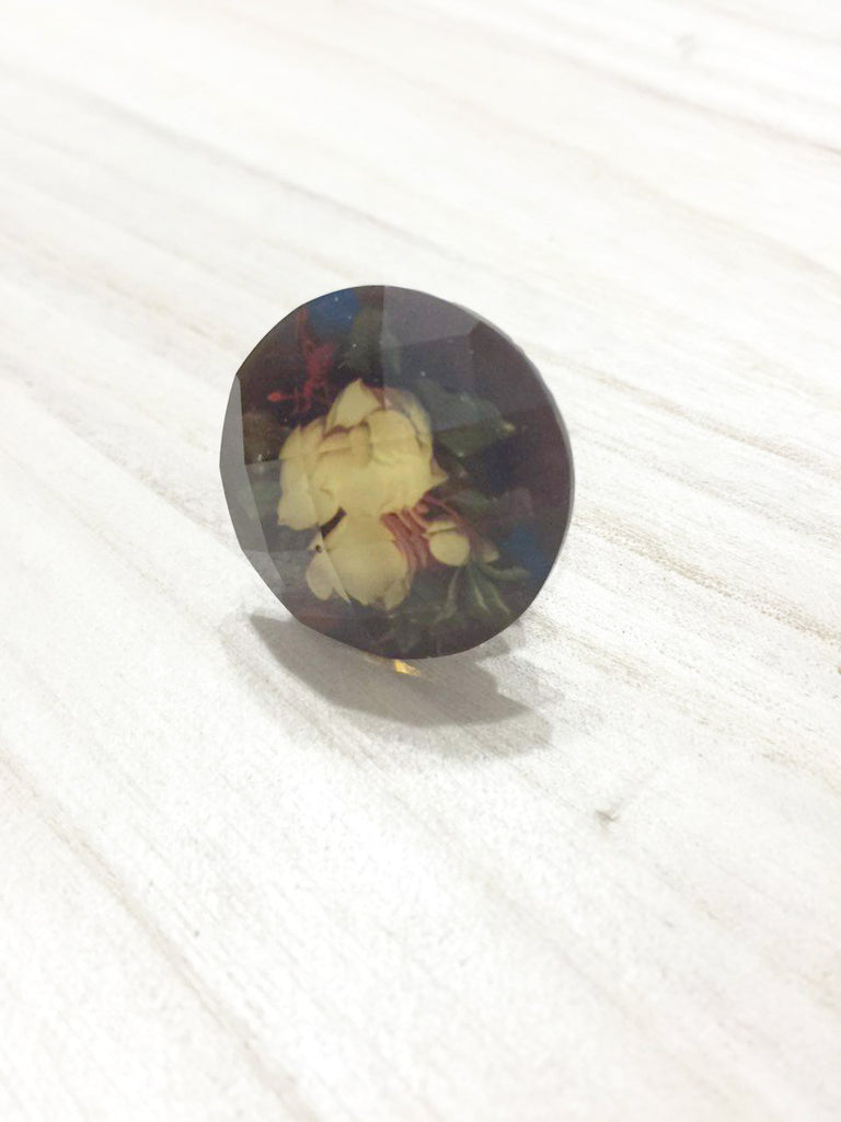 Rose Cabochon Ring