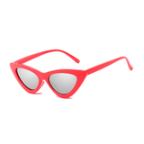 W044 Red Silver Cat Eye Sunglasses