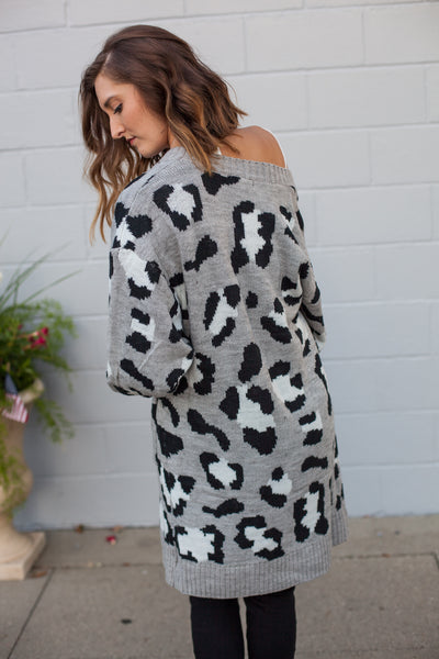 Lifestyle Leopard Sweater - Heather Gray