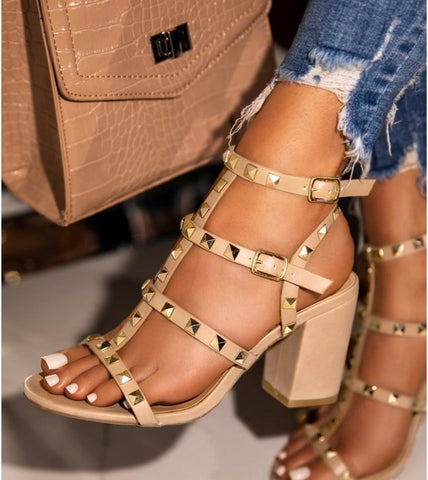 Ready To Go Rockstud Heel - Nude