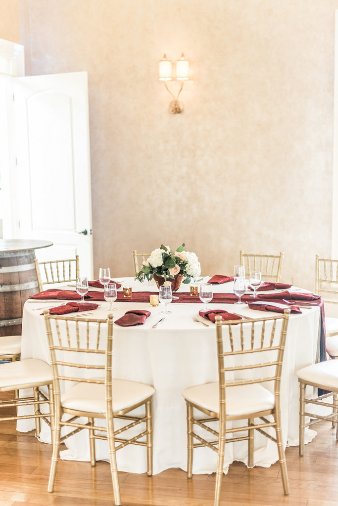 Linen - Ivory Burlap Textured Weave - Main Street Weddings & Events