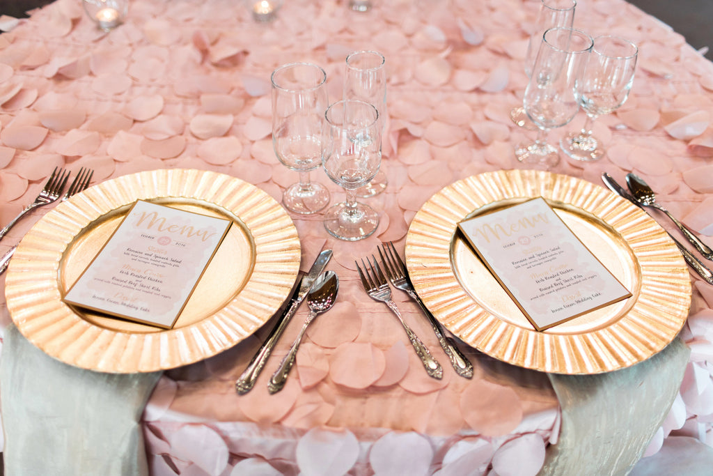 Tabletop - Scalloped Acrylic Chargers - Main Street Weddings & Events